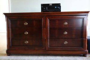 King 6 Piece Bedroom Set for Sale in Ashburn, VA