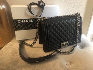 Chanel Boy Flap Bag Quilted Handbag for Sale in Tampa, FL