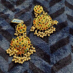 Earrings for Sale in Milford Mill, MD