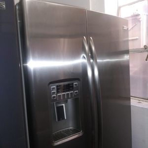 Ge Profile Side By Side Refrigerator Stainless for Sale in Riverside, CA