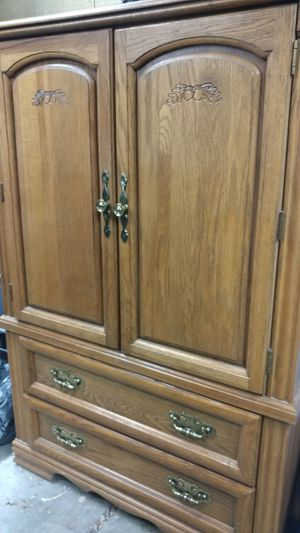 Oak Armoire for TV or storage for Sale in Colorado Springs, CO