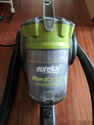 Eureka AirExcel very high suction vacuum for Sale in Washington, DC