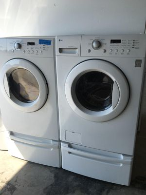 LG WASHER AND ELECTRIC DRYER SET for Sale in Modesto, CA