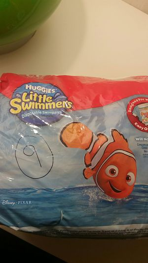 LG Little Swimmers Huggies Diapers for Sale in Tewksbury, MA