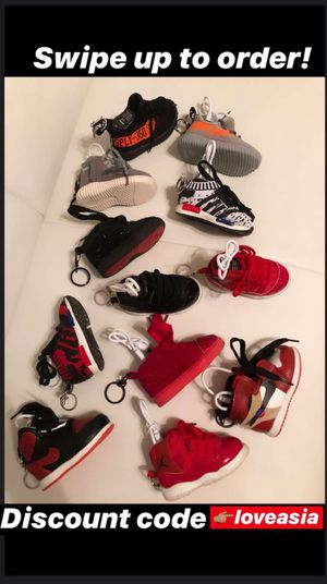 Sneaker Chargers for Sale in Frisco, TX