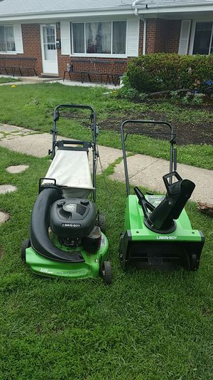 Lawn mower and snow blower good condition for Sale in Niles, IL