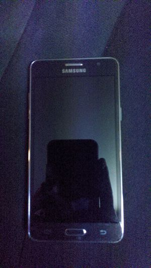 Unlocked Samsung phone for Sale in Fort Collins, CO
