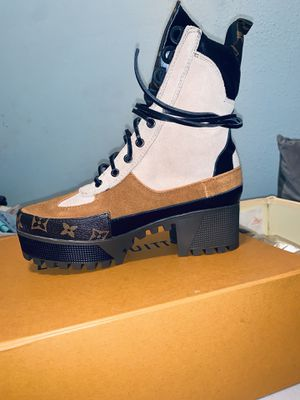 LV combat boots women's 7.5 for Sale in Spring, TX