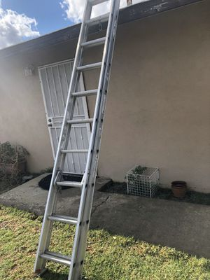 10' extensión ladder for Sale in Riverside, CA