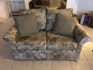 Small couch for Sale in Fort Myers, FL