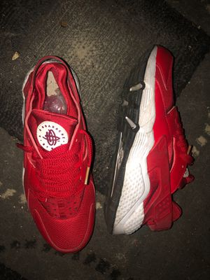 Size8 Nike Huarache for Sale in Fresno, CA
