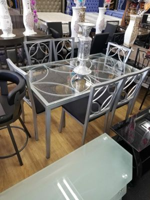 DINING ROOM SET for Sale in Chicago, IL