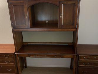 FREE!!! Vintage Executive Desk Set (4pc set) for Sale in Irvine,  CA