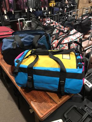 """The north face golden state duffle water repellent bags 24"""" for Sale in San Diego, CA"""