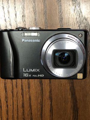 Lumix DSC ZS10 14.1MP Digital Camera for Sale in Johnsburg, IL