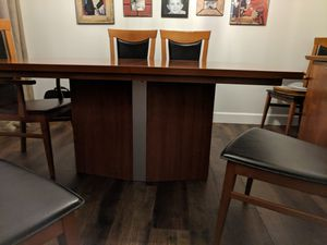 Dining table with 6 chairs for Sale in West Palm Beach, FL