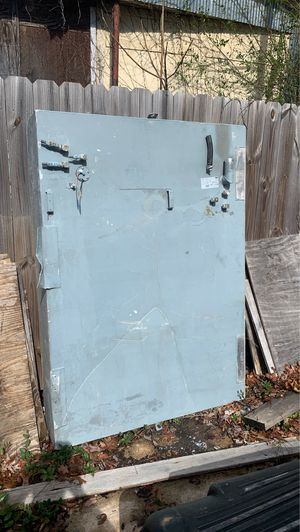 Fuel tank. 162 gallon with fuel level sensor for Sale in Lewisville, NC