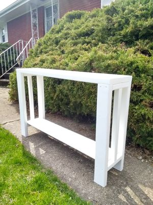 Console table for Sale in McHenry, IL