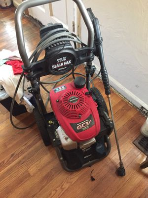 Black max pressure washer for Sale in Florissant, MO