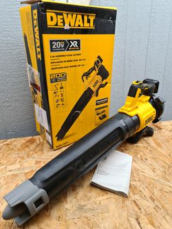 Dewalt 125 MPH 450 CFM 20V MAX Cordless Brushless Handheld Blower (Tool Only) for Sale in Snohomish,  WA