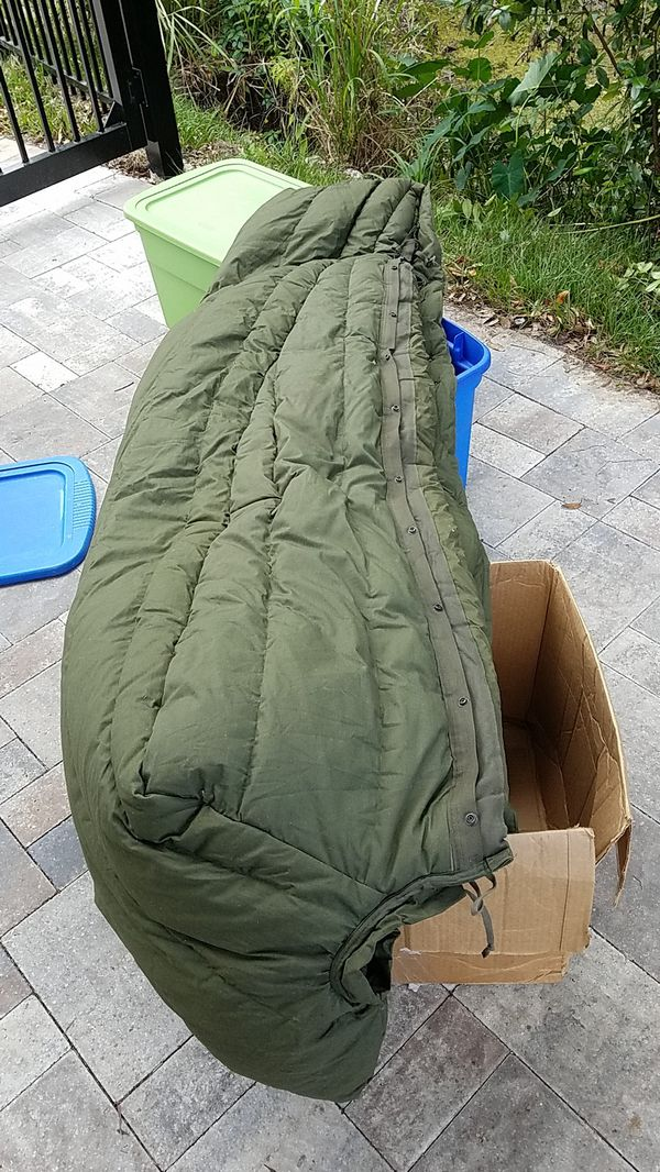 US military sleeping bag $50 or obo.