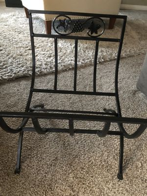 Metal folding g log carrier for Sale in El Centro, CA