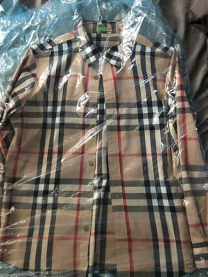 Burberry long sleeve for Sale in Detroit, MI
