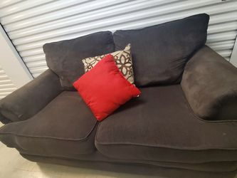 Brown Loveseat / Love Seat Couch - DELIVERY Possible for Sale in Austin,  TX