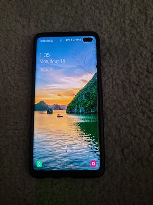 Samsung galaxy s10 plus with cracked screen for Sale in San Diego, CA