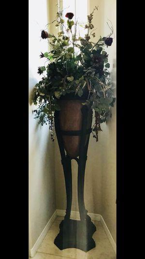 5-6 ft. Flower Stand / Flower Vase complete with arrangement. for Sale in Rancho Santa Margarita, CA