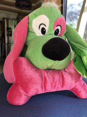 "Green Dog- Pink Bone Stuffed Animal , "" Very Good Condition "" for Sale in Rancho Cucamonga, CA"