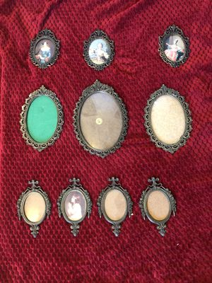 Antique Italian hanging picture frames for Sale in Henderson, NV
