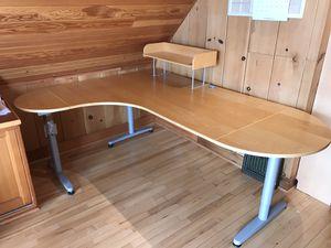 Corner desk workstation - FREE!! for Sale in Seattle, WA