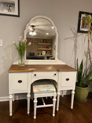 Vanity for Sale in Easton, PA