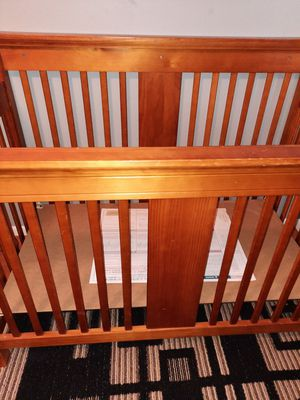 Wooden crib for Sale in Streamwood, IL