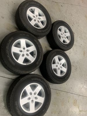 5 wheels and tires 255/75/R17 Jeep Wrangler for Sale in Miami, FL