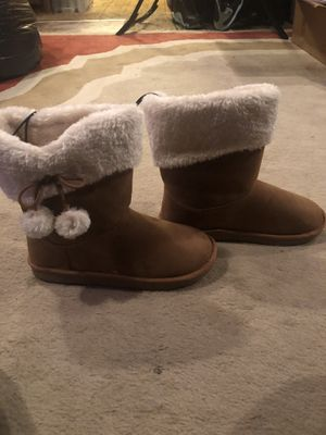 Girl boots (brand new) for Sale in New Canton, VA