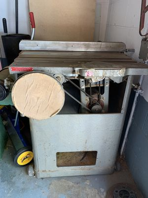 Awesome table saw and sander for Sale in Cleveland, OH