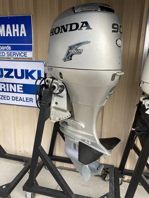 "2006 Honda BF90 4/stroke 20"" shaft outboard for Sale in Homosassa, FL"
