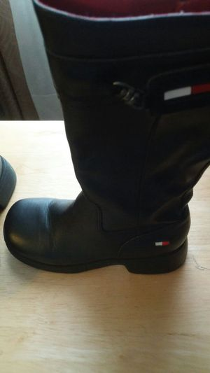 Girls size ten Tommy Hilfiger leather toe boots for Sale in Silver Spring, MD