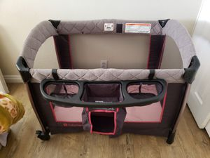 Baby Trend Pack n Play Set for Sale in Fontana, CA
