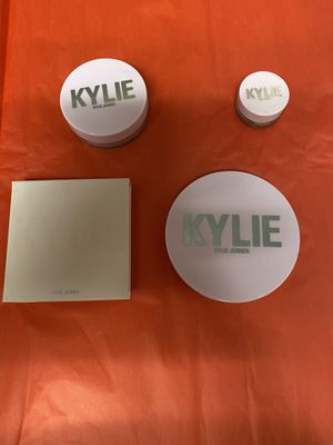 kylie cosmetics lot for Sale in Tallahassee, FL