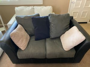 Couch/Coffee table for Sale in Temecula, CA