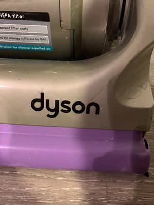 Dyson vacuum cleaner with additional attachments for Sale in Los Angeles, CA