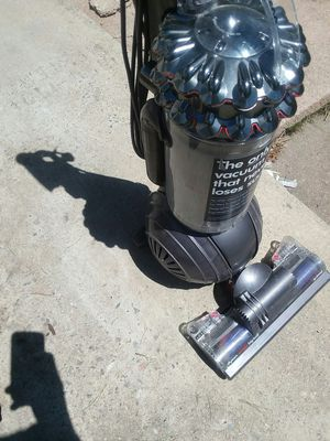 Dyson vacuum upright for Sale in Denver, CO