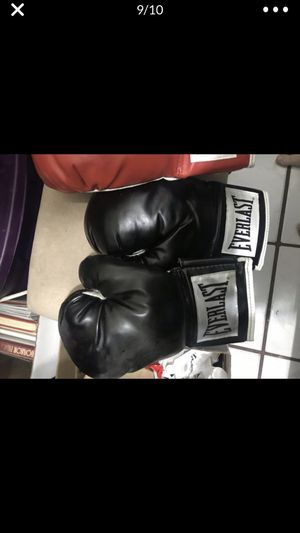 Boxing training an work out equipment all for 75.00 for Sale in Fort Lauderdale, FL