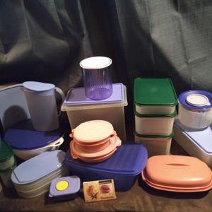 Tupperware Super Cheap for Sale in Perris, CA