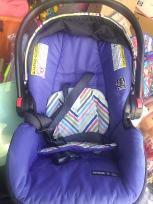 Baby car seat / carrier for Sale in Las Vegas, NV