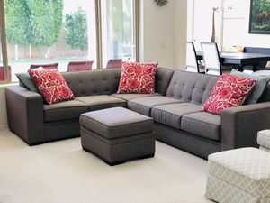 Sectional Sofa W/ Ottoman- Like New! for Sale in Chandler, AZ