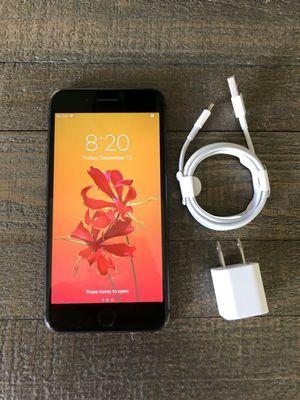 iPhone 8 Plus - 64 GB Black Factory Unlocked for Sale in Los Angeles, CA